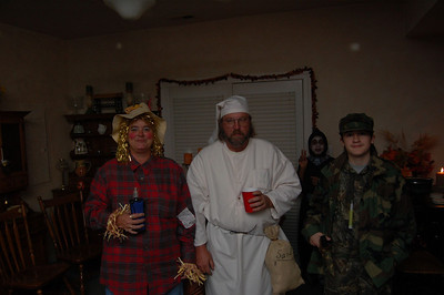 061028 Halloween Party 017