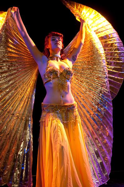 A Burlesque Cabaret (Peaches 'N Gin)