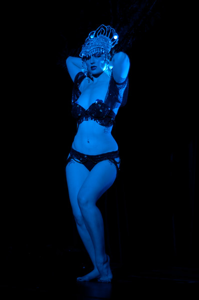 The Srawberry Siren and Raven performing at Gorelesque 3