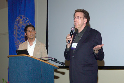 Dr. Dean Ornish and Dr. Mark Magbanua at the Saturday evening (10/13/07) banquet.