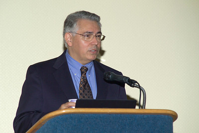Dr. Raymond Rodriguez, Center director and Planning Committee chair, introducing professors Walter Willett and Bruce Ames at the Friday evening (10/12/07) reception