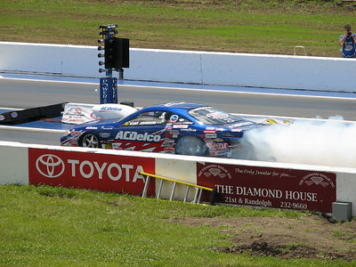 Kurt Johnson Pro Stock car burnout