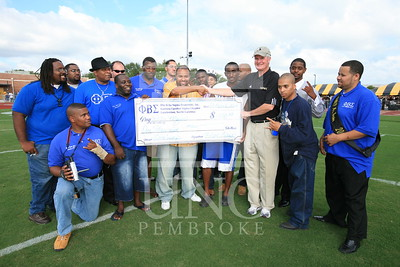 Phi Beta Sigma donates a check at the UNCP Homecoming Game in Pembroke, NC on October 6th, 2007 webber_0117.JPG