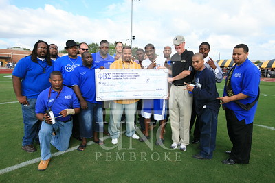 Phi Beta Sigma donates a check at the UNCP Homecoming Game in Pembroke, NC on October 6th, 2007 webber_0116.JPG