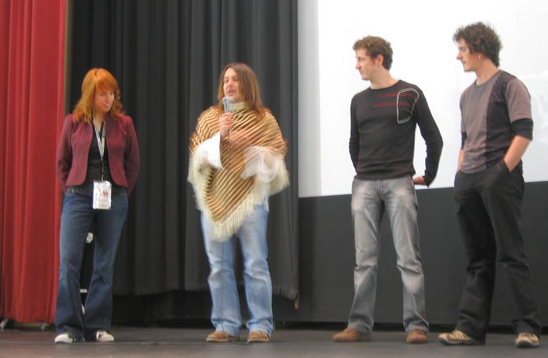 20070413 NicoleTriche ('Metacarpus')& Raul,Igor,Harkaitz ('Nömadak tx'), Q&A aft scrngs (blurry)