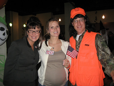 The Palin family enjoys a moment. submitted by Ryan Dingus
