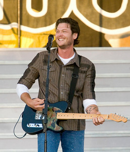 Blake Shelton performs at the Boone County Fair on Friday, August 8.