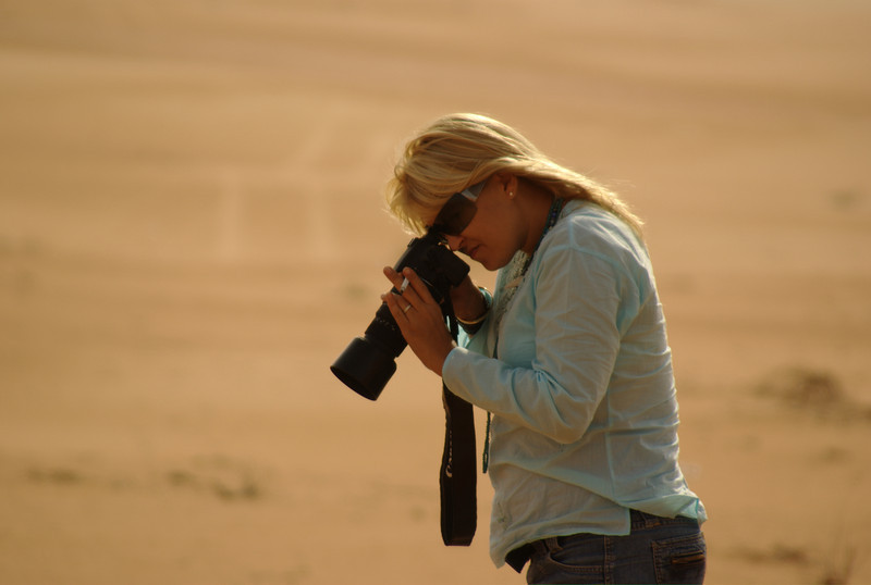 'Ant' taking close-ups of the sand and foliage.