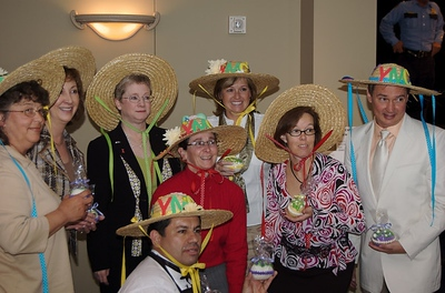 2008 Picnic on the Park Ladies Luncheon, Lake Houston YMCA  won the group hat contest