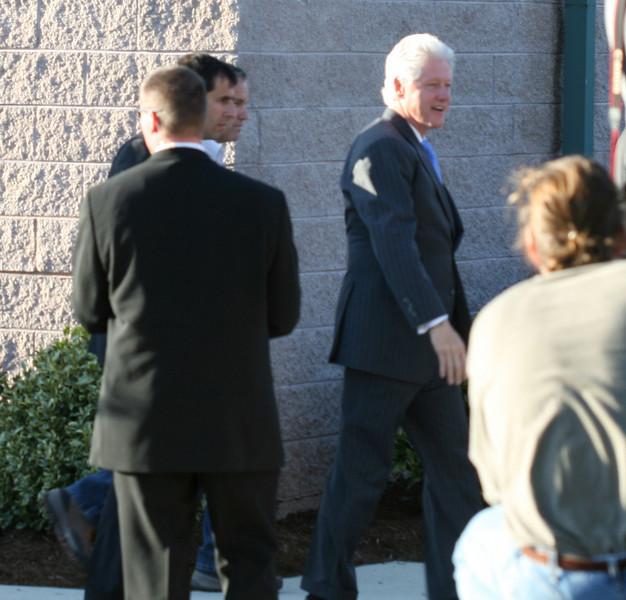 20080321 President Clinton at Cary NC Sr Ctr 28 of 33 (612p)