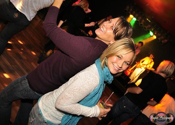 2009-11-06 Poppa's Pub Grand Opening with Rewind