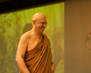 Ajahn Brahm takes the stage