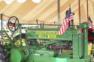 09 06 19 Davis John Deere  0019