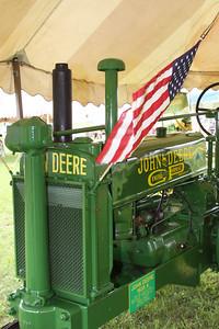 09 06 19 Davis John Deere  0002