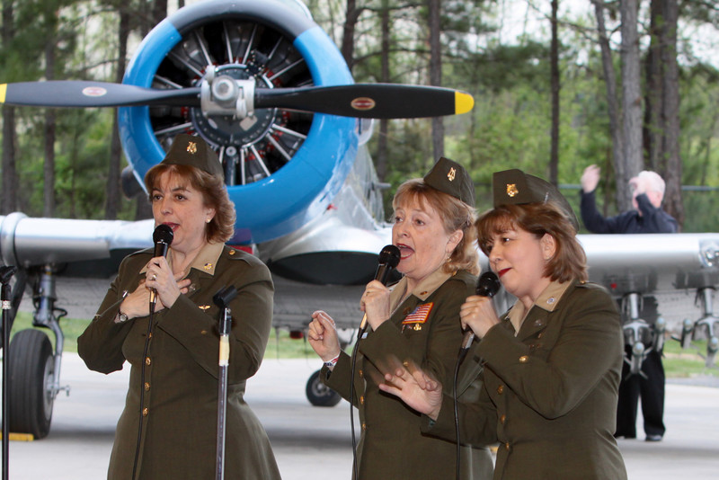 "The Vintage Vocals at the ""Keep 'em Flying""  Swing Dance and Diner at the Commemorative Air Force (CAF), Dixie Wing Historical Airpower Facility  Falcon Field, Peachtree City, GA during the WWII Heritage Days 2009"""