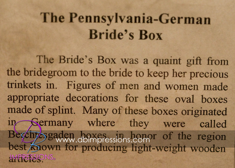 Explaination of what the bride's box resembles.