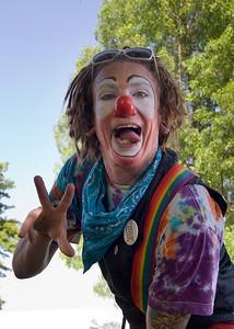 Clown - 2009 Portland Rose Festival  | Sigma 18-50mm f/2.8 EX DC
