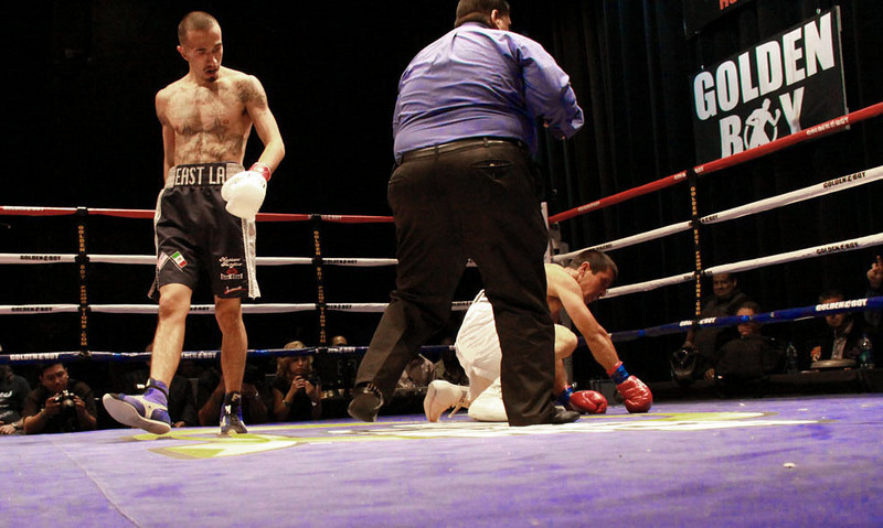 Knock_Out_Fight_Night_Club
