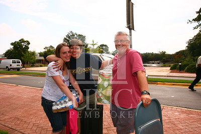 UNCP's Open House on August 17th, 2009 move_in_0080.jpg
