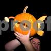 2009PumpkinCarving-109