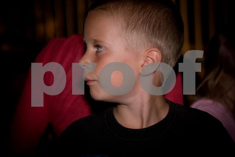 2009PumpkinCarving-12