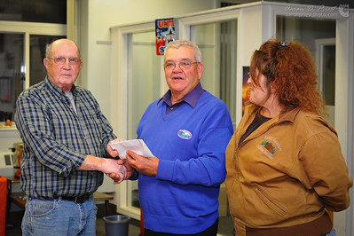 Presenting check to VFW