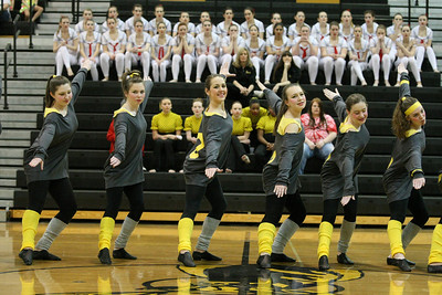 2010-03-06 McNicholas Rockettes Kick