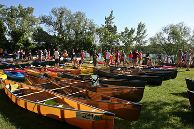 Kevar, aluminum, fiberglass, plastic, wood.  The boats of the Mississippi River Challenge run the gamut.