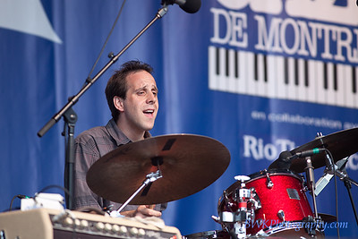 JW Jones Blues Band at the 2010 Montreal Jazz Festival 5
