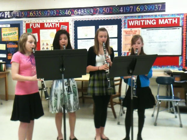 """Sandburg 7th Grade Clarinet Ensemble"""