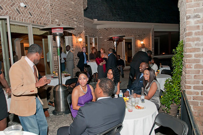 Charlotte Young Professionals Presents an Evening w_Harold Cogdell 10-2-10_146