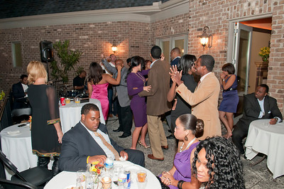 Charlotte Young Professionals Presents an Evening w_Harold Cogdell 10-2-10_144