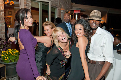 Charlotte Young Professionals Presents an Evening w_Harold Cogdell 10-2-10_169
