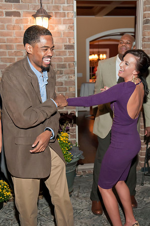 Charlotte Young Professionals Presents an Evening w_Harold Cogdell 10-2-10_162