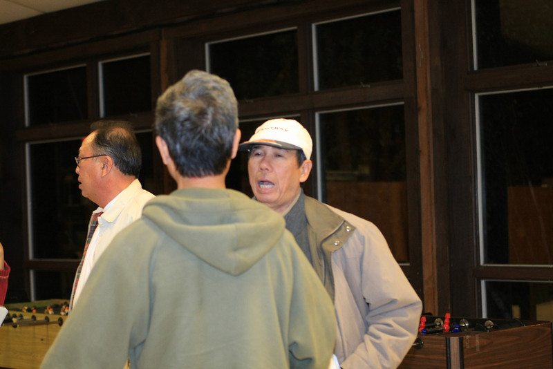 Chú Tạo (Tình Thương) greeted by chú Thành (Theo Thầy)