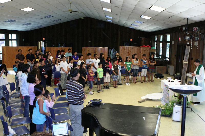 The retreat culminated with Sunday mass was celebrated by Fr. Lan Ngo, SJ