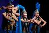 中国武警文工团, 维吾尔族舞蹈《丰收时节》, 左起: 王楠,臧小惠,汪冬儿,钟媛