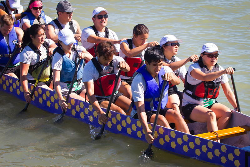 "Race 39 / 500m: Team ""Starbucks Waverunners Sumatra"" at the 2011 Steveston Dragon Boat Festival."