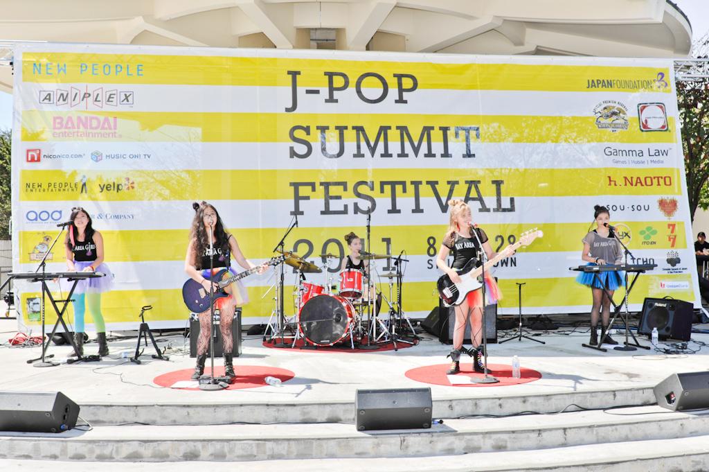 2011_J-POP_FESTIVAL_-_DAY_TWO_08282011_0048