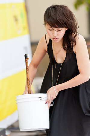 Calligraphy by Aoi Yamaguchi at the 2011 J-POP Summit Festival on the Pagoda Stage