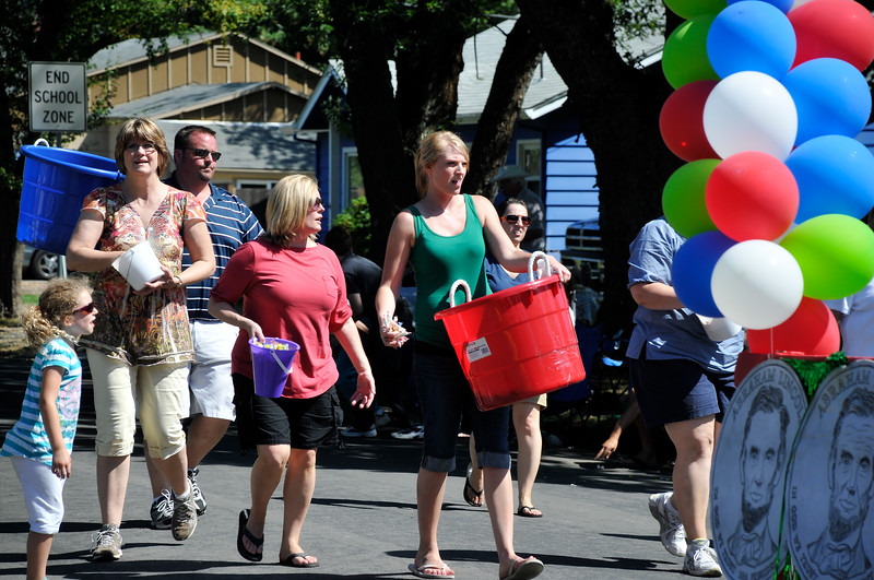 2011_newberg_oldfashioned_parade_KDP7898_073011.jpg