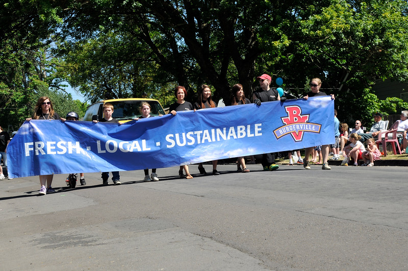 2011_newberg_oldfashioned_parade_KDP7975_073011.jpg