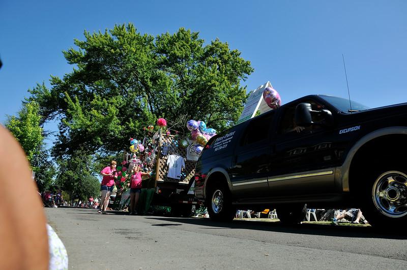 2011_newberg_oldfashioned_parade_KDP7921_073011.jpg