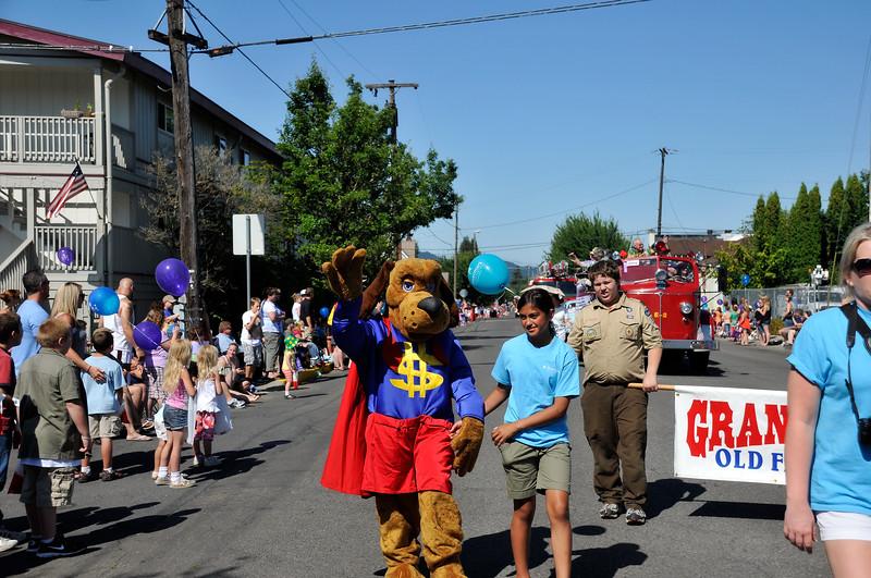 2011_newberg_oldfashioned_parade_KDP7795_073011.jpg