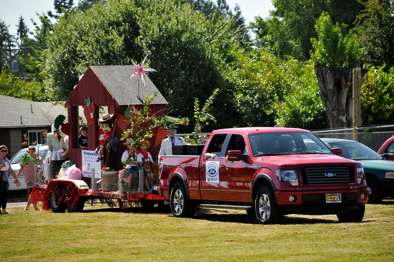 2011_newberg_oldfashioned_parade_KDP7881_073011.jpg