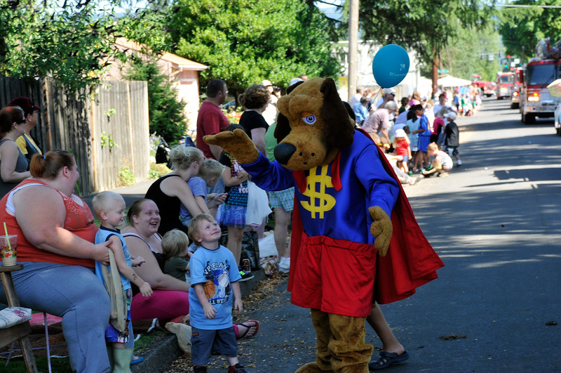 2011_newberg_oldfashioned_parade_KDP7819_073011.jpg
