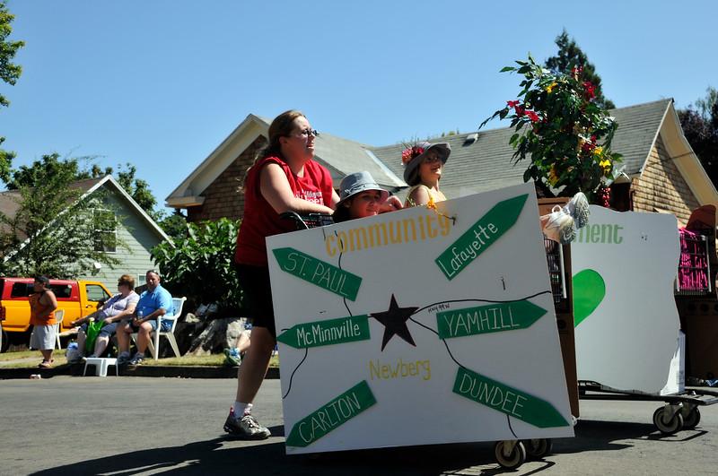 2011_newberg_oldfashioned_parade_KDP7961_073011.jpg