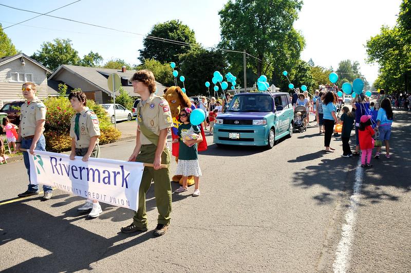 2011_newberg_oldfashioned_parade_KDP7616_073011.jpg
