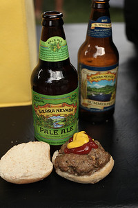 Sierra Nevadas and mini burgers at the Industry party.   Well played.