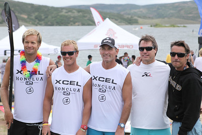 Paddle Race champs including Longboard Champion Colin McPhillips.